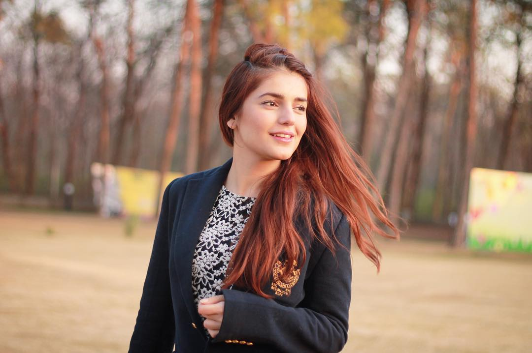 50+ Momina Mustehsan Hot Images and Pics (2019) - O-Tattoo