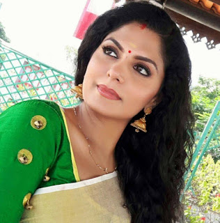 Asha Sarath family, age, dance performance, actress, photos, husband, hot photos, family photos, dance, hot, movies