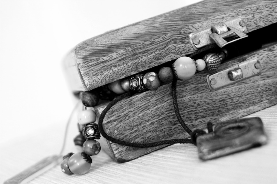 histoire-bracelet-femme-egypte-ancienne-bijoux-tendance-mode