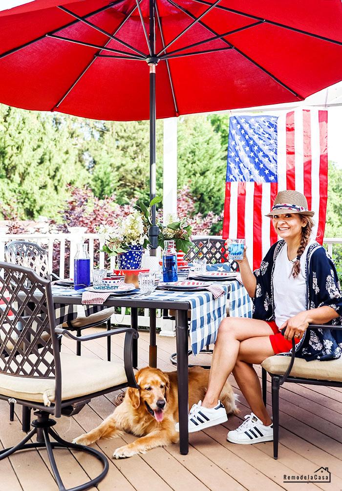 Cristina Garay - outdoor table