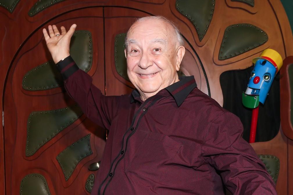 Sérgio Mamberti é enterrado em SP; Ator faleceu nesta sexta (03)