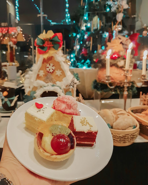 christmas dinner 2019 Harris Hotel Cafe Gubeng Surabaya Kuliner Surabaya Chippeido Santa Clause Cute Cafe SUB