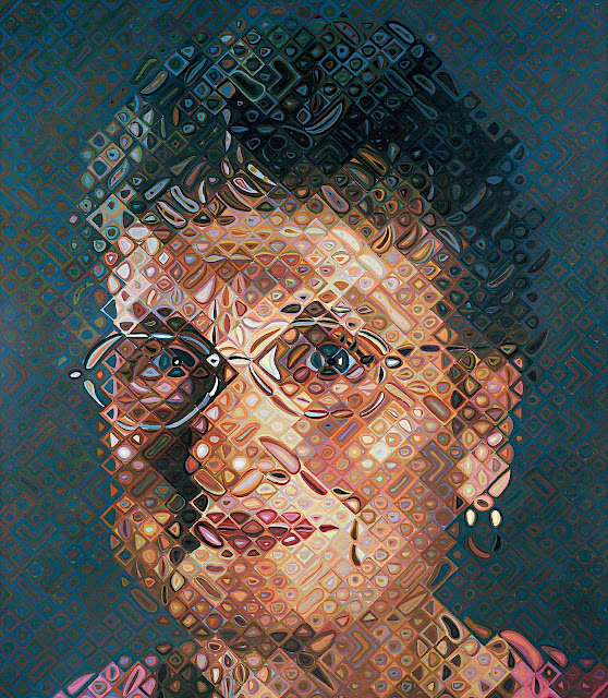 a Chuck Close painting of a smiling woman