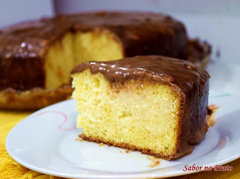 receita de bolo de leite ninho trufado fácil de fazer.