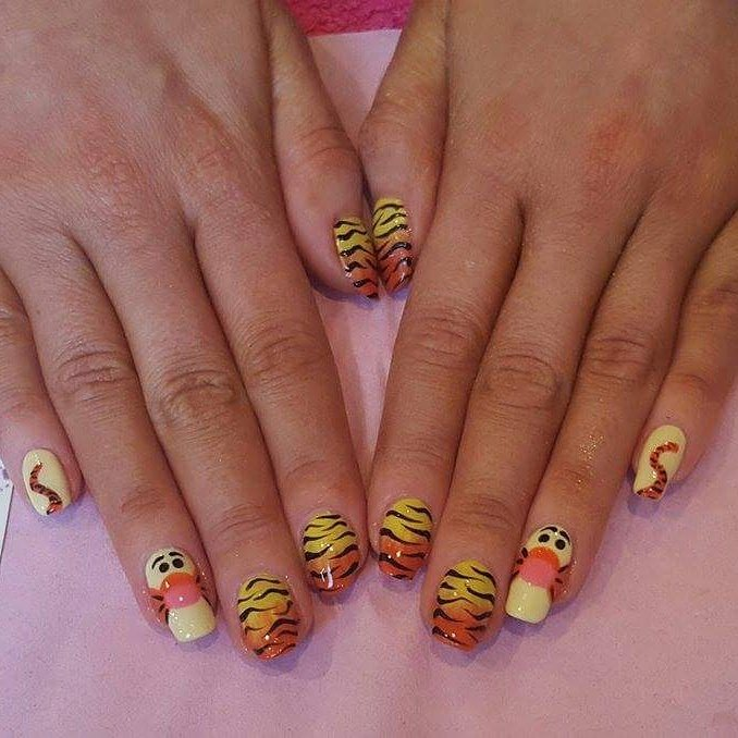 Tigger Nails: Elaine's Beauty- My Disney Nail Series