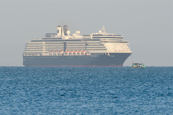 Corona virus outbreak: Westerdam cruise ship allowed to dock in Cambodia, New Delhi, News, Health, Health & Fitness, Ship, Malayalees, Kottayam, Prime Minister, Social Network, World