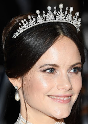 palmette tiara pearl diamond princess sofia sweden