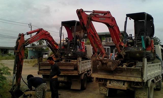 บริการขุดวางท่อ ขุดบ่อ กดเข็ม ขุดวางถังบำบัดน้ำเสีย เคลี่ยร์ริ่ง ปรับพื้นที่ ขนเศษวัสดุก่อสร้าง
