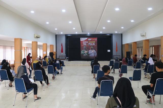 Kabid Humas Polda Jateng : Mengapresiasi Pelaksanaan Vaksinasi di Banyumas Berjalan Tertib Dan Lancar