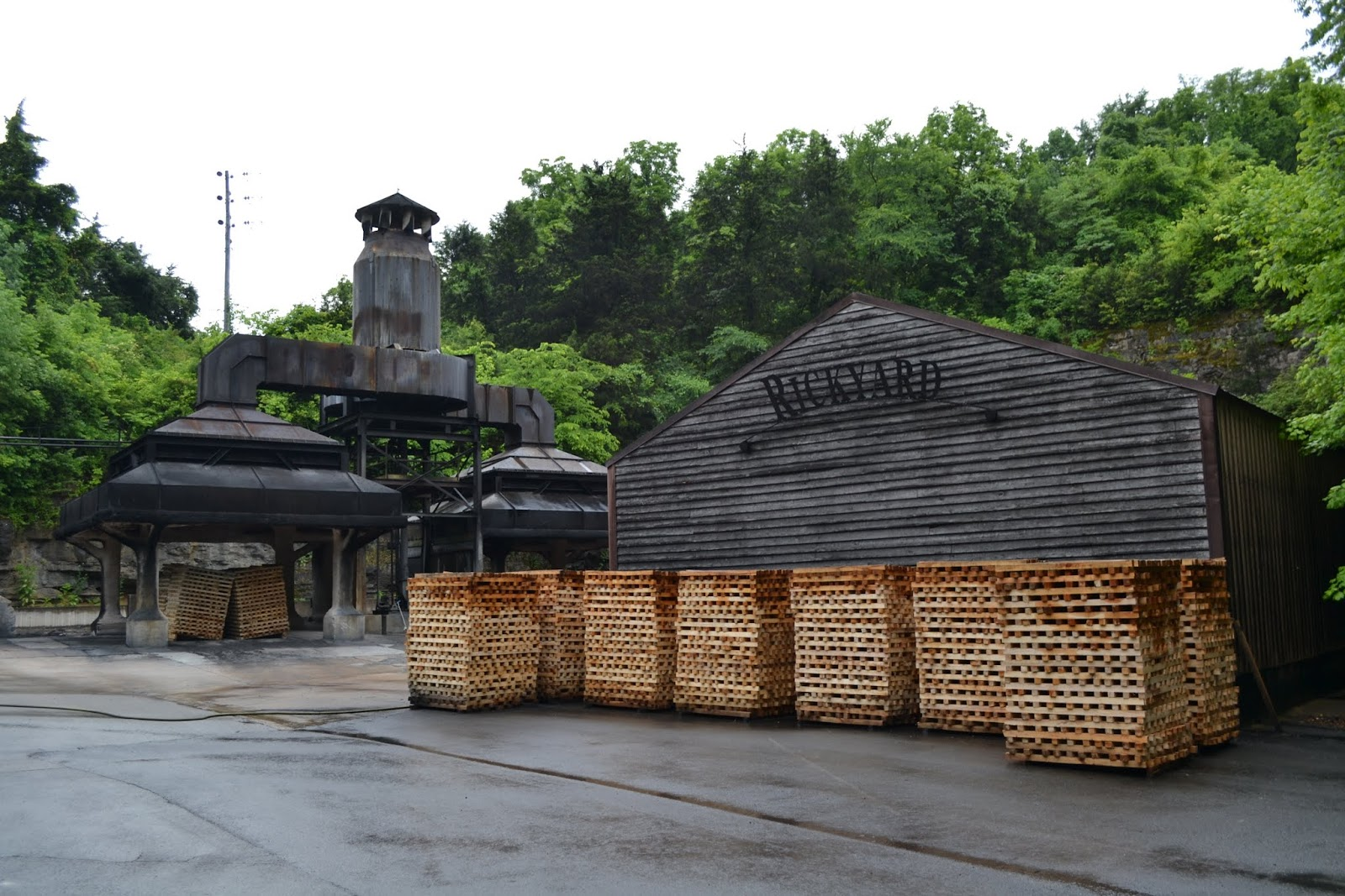 Винокурня Jack Daniel's, Линчберг, штат Теннесси (Jack Daniel's Distillery Visitor Center, Lynchburg, TN)