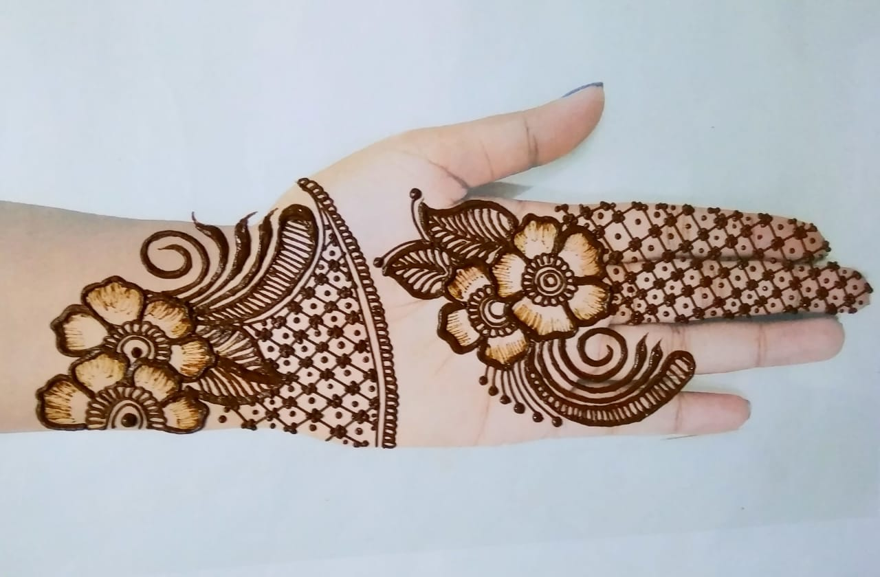 Arabic Mehendi Designs For The College Functions