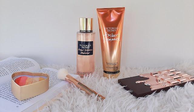 victorias-secret-amber-romance-shimmer-sprej-za-tijelo-notino_hr