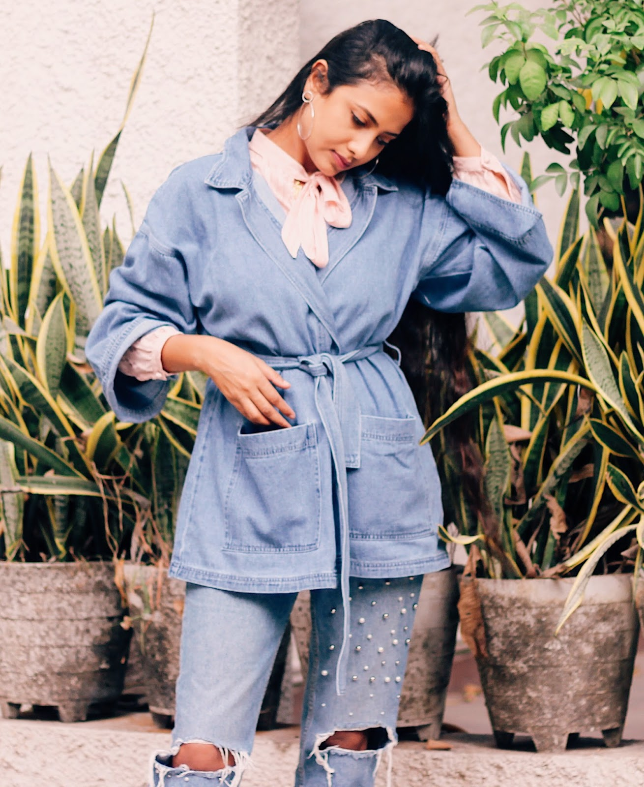the most doable trends for every girl, denim on denim, monochrome, indian fashion blogger, uk blog, delhi blogger, london blog, effortless style, parisian chic, style kimono, pearl denim, pussy bow blouse, weekend outfit, lookbook, autumn fashion, european street style, london street style 2017