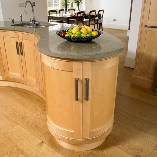 Burford Place Open Plan Kitchen With Breakfast Bar Island: New Home Interior Design: Kitchen Islands