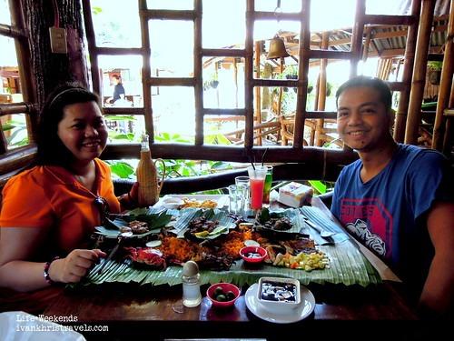 Eating at Mangan Kayon restaurant in Puerto Princesa City