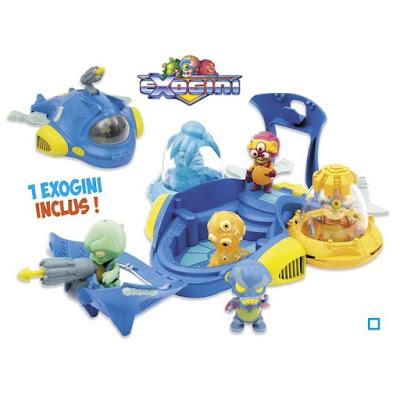 jouet en forme de vaisseau spatial