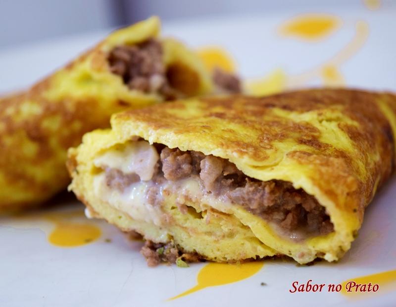 Receita de Panqueca de Omelete Recheada com carne moída
