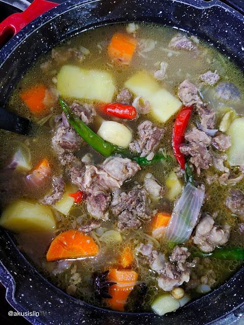 Sup Pedas Tetel, Banyak Isi Dari Lemaknya