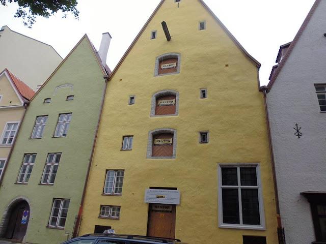 """Casa Nº 40, tercera casa del conjunto de casas """"Tres Hermanos"""" (Tallinn) (@mibaulviajero)"""