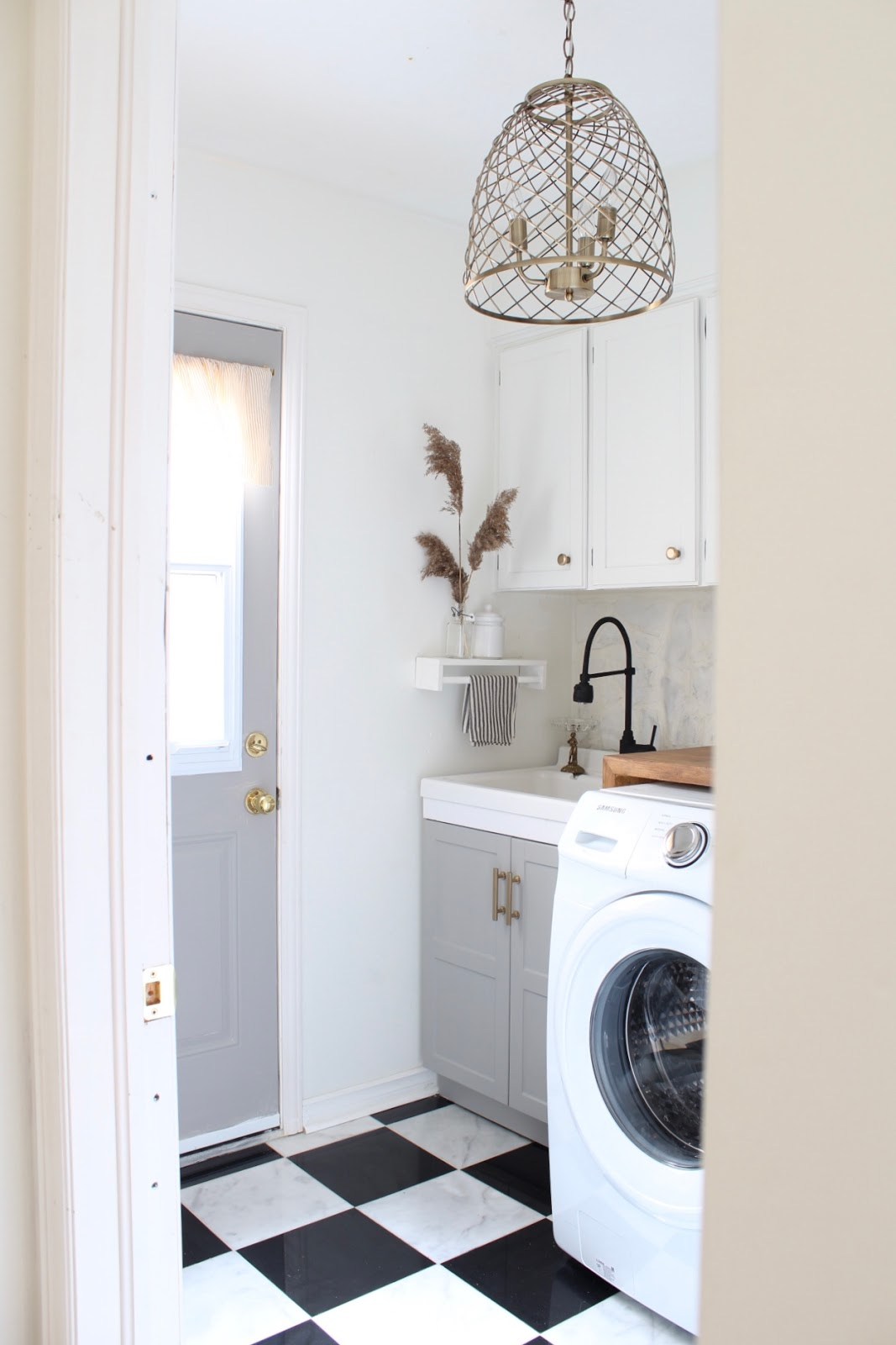 One-Room-Challenge-laundry-room-reveal
