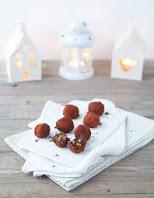Truffes au chocolat aux éclats d'orange confite