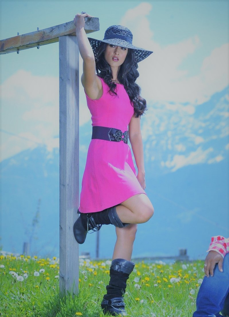 Actress IleanaDcruz Latest HD Images
