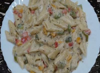 white sauce Italian pasta