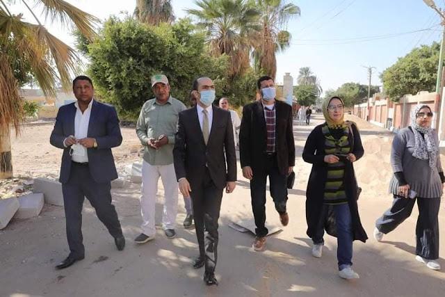 نائب محافظ سوهاج في جولة مفاجئة لقرية عرابة أبو الدهب