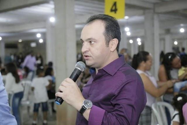 O prefeito de Valparaíso de Goiás Pábio Mossoró editou  decreta de toque de recolher e aumenta restrições