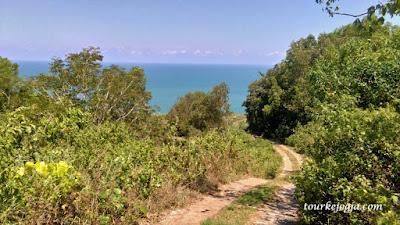 jalan ke laut bekah