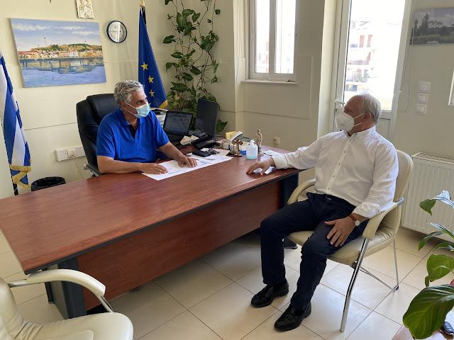 Συνάντηση Ανδριανού με τους Διευθυντές Πρωτοβάθμιας και Δευτεροβάθμιας Εκπαίδευσης Αργολίδας