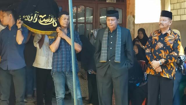 Lepas Jenazah Anwar, Irwan Basir Ajak Semua Panjatkan Doa Kebaikan