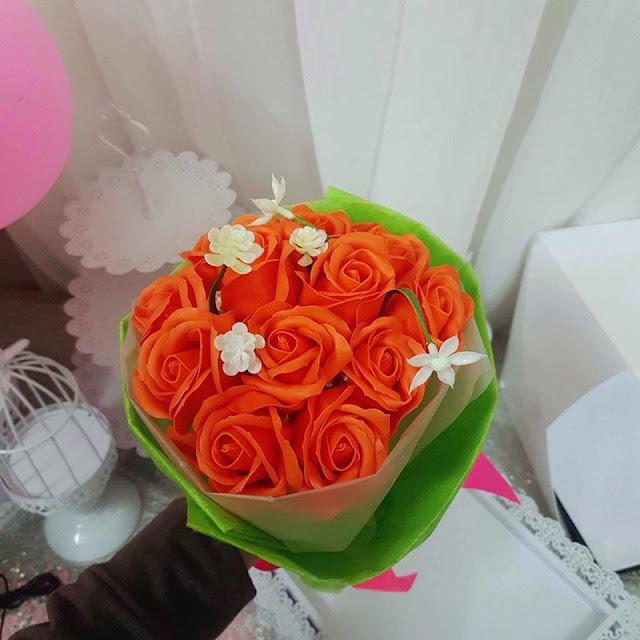Hoa hong sap thom vinh cuu tai Hang Mam