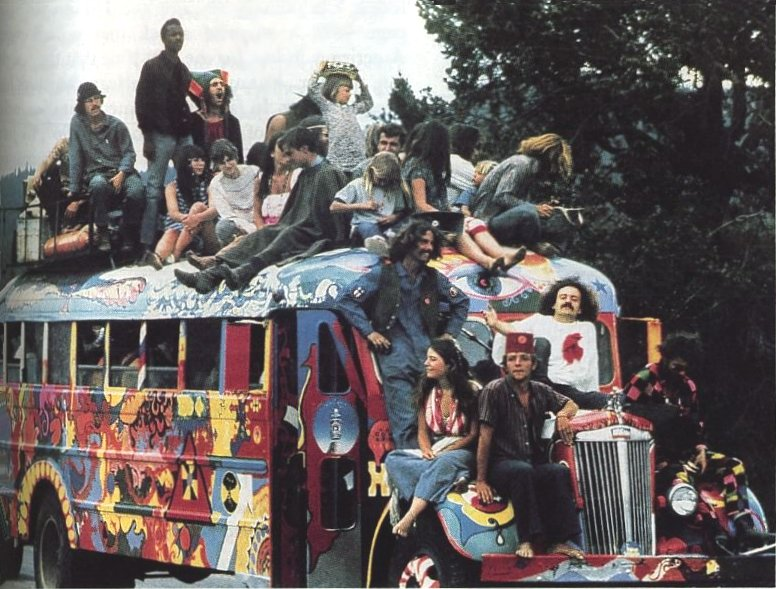 For Those Who Missed The '70s - Eye-Opening Photos Of America's Hippie Communes