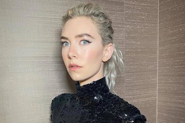 Vanessa Kirby:Πώς να πετύχεις το glossy μακιγιάζ ματιών της