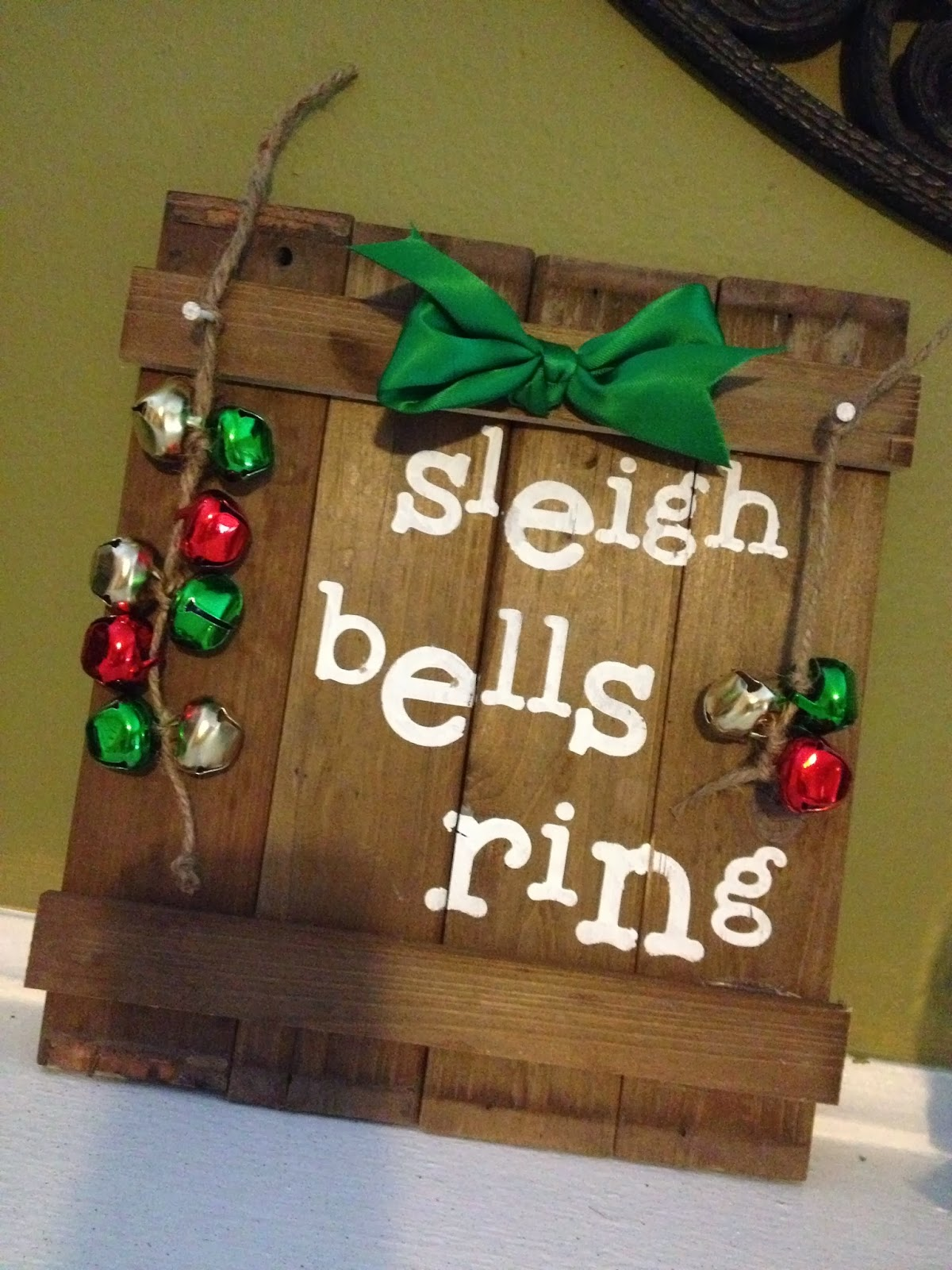 Pinkapotamus Reclaimed Wood Christmas Sign