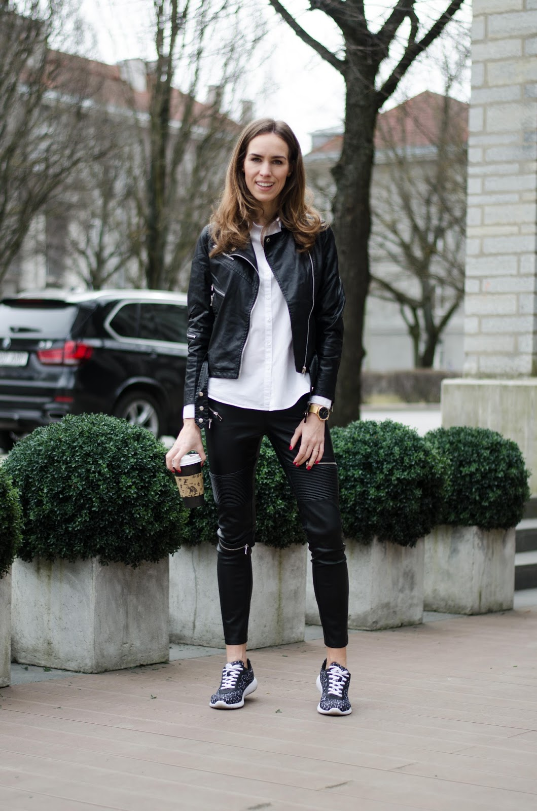 kristjaana mere leather jacket white shirt casual spring style