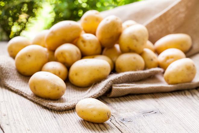 khoai tây giúp trị nám