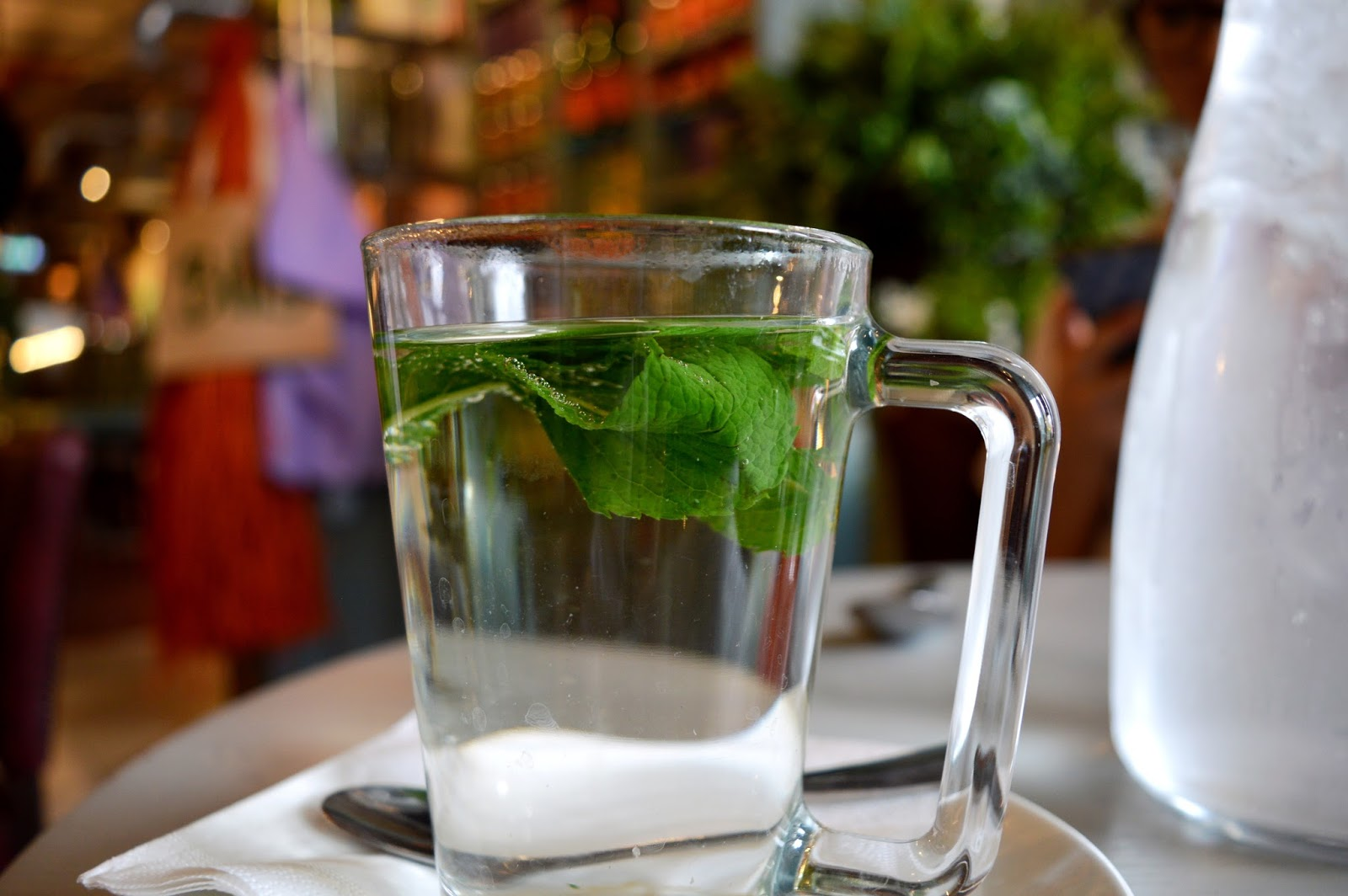 Bill's Restaurant review in southampton, fresh peppermint tea, Bill's in Southampton
