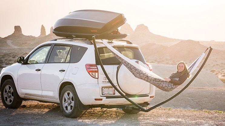 Car-mounted hammock frame.
