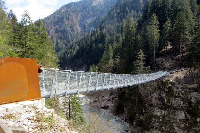 ponte tibetano val noana