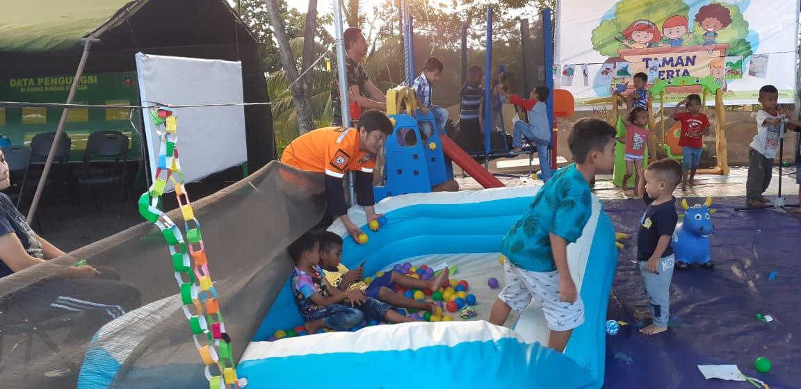 WMI Gelar Trauma Healing Untuk Anak Pengungsi Wamena