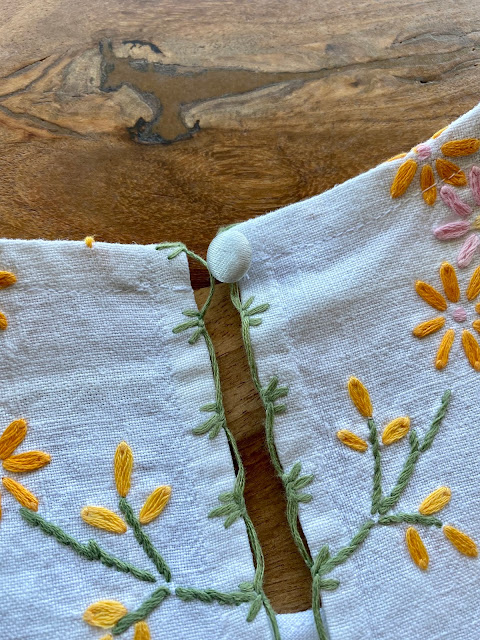 Diary of a Chain Stitcher: Refashioned Embroidered Tablecloth to Helen's Closet Ashton Top Hack