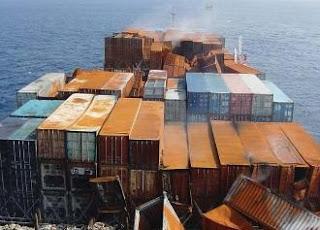 Kerusakan pada container bermuatan berbahaya