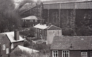 Houses and viaduct at Darcy Lever