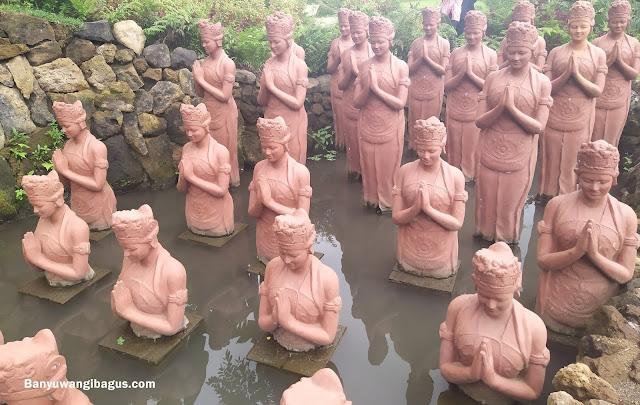 Patung Gandrung di Banyuwangi