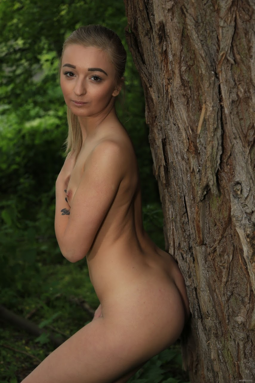 2938625795 [EroticBeauty] Presenting Claudia Mac