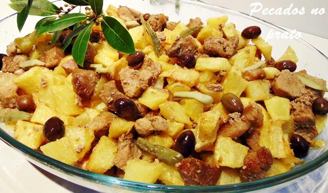 Carne de porco à Portuguesa tipo aletenjana