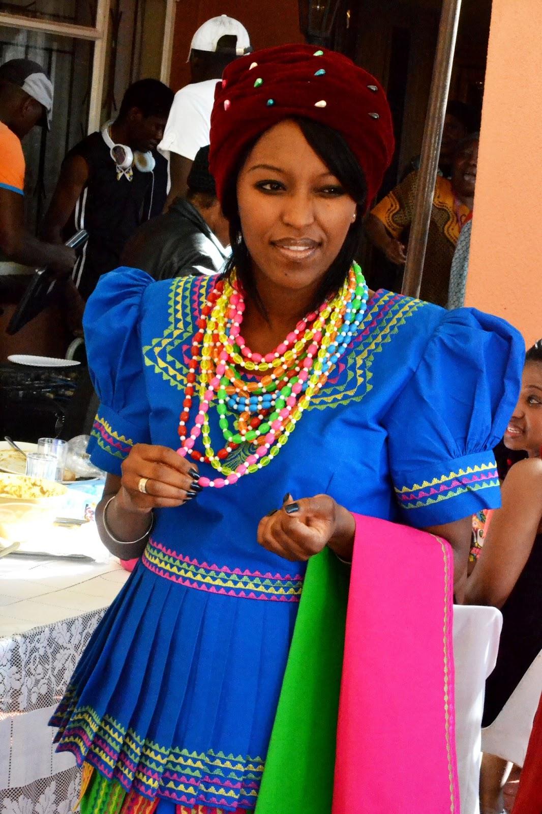 DSC 0183 - Traditional Wedding Attire For Bridesmaids