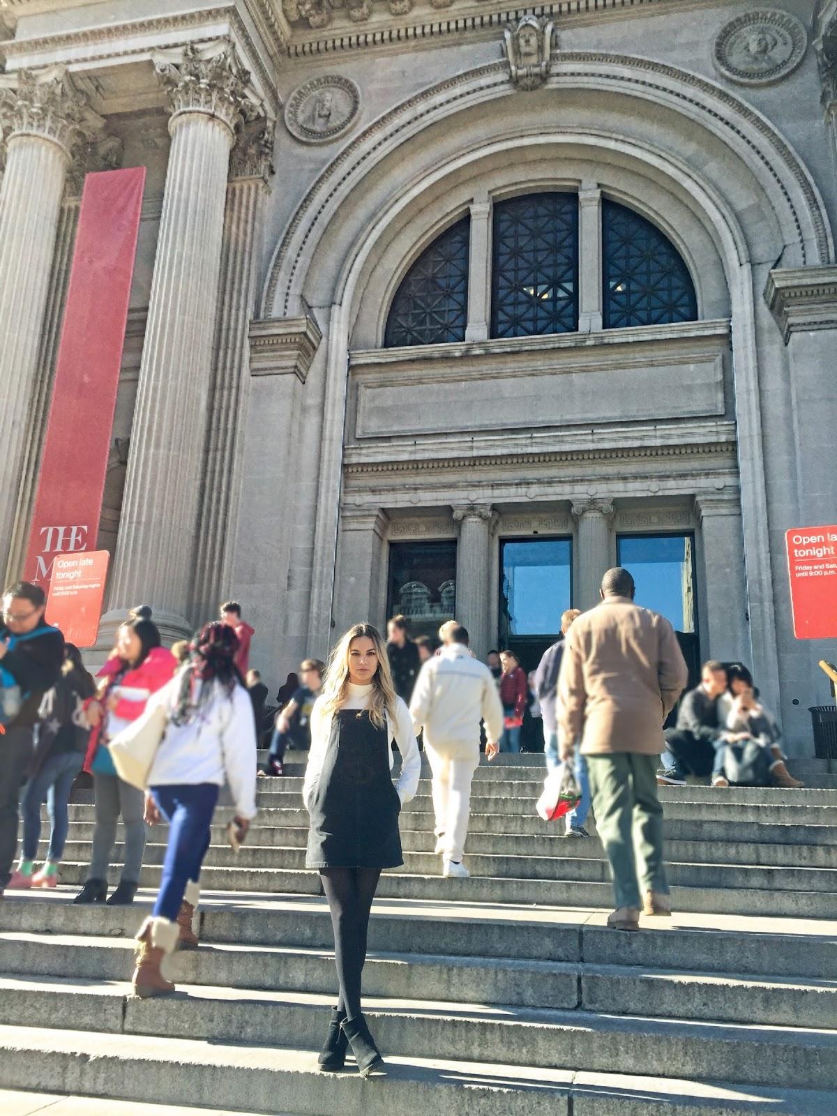 Met Steps Gossip Girl Metropolitan Museum of Art